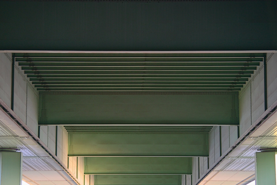 Kölner Brückengrün