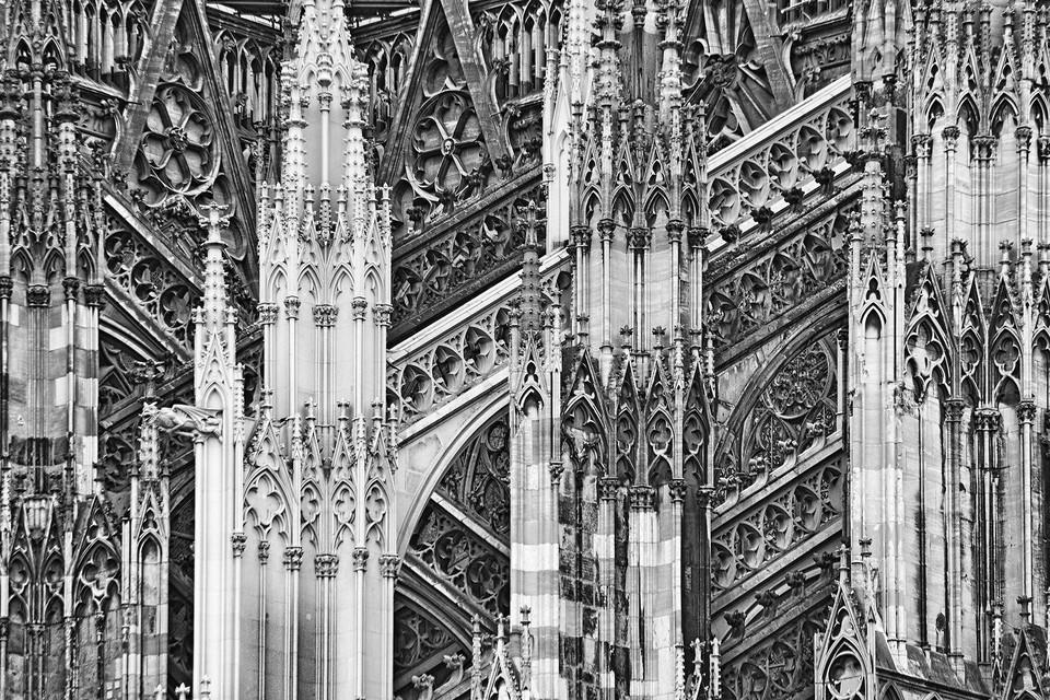Säulen am Dom