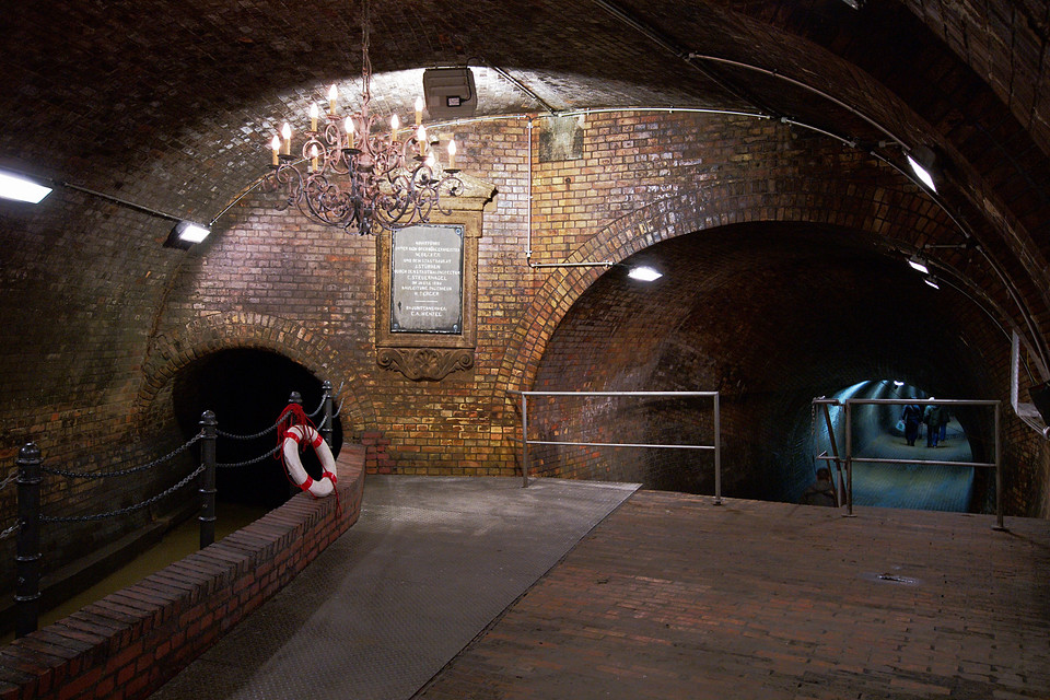 Eingang Kronleuchtersaal Köln ~ Kronleuchtersaal secret cologne ein foto aus köln