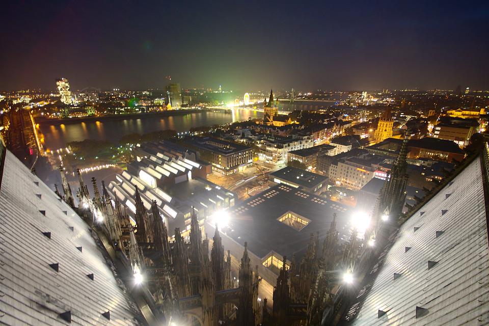 Kölner Innenstadt bei Nacht